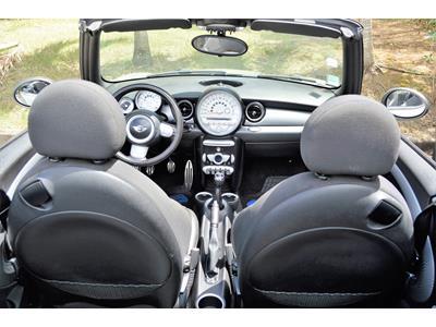 MINI COOPER S 175ch Cabriolet Juin 2009 photo #3