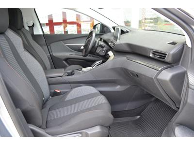 PEUGEOT 3008 1.2 PureTech 130ch Active SetS EAT6 photo #9