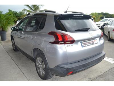 PEUGEOT 2008 1.2 PureTech 82ch BVM5 Active photo #5