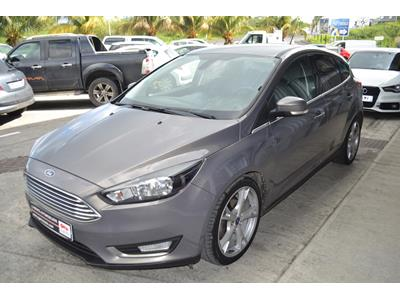 FORD FOCUS 1.5 TDCi 120ch StopetStart Titanium photo #4
