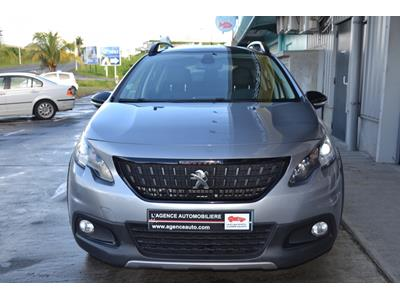 PEUGEOT 2008 1.2 PureTech 110ch GT Line SetS photo #3
