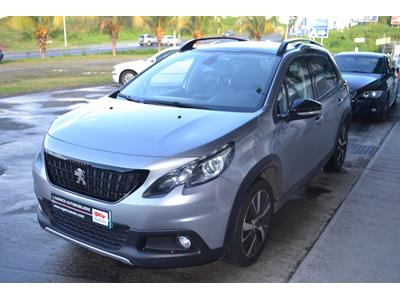 PEUGEOT 2008 1.2 PureTech 110ch GT Line SetS photo #4