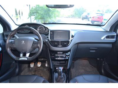PEUGEOT 2008 1.2 PureTech 110ch GT Line SetS photo #8