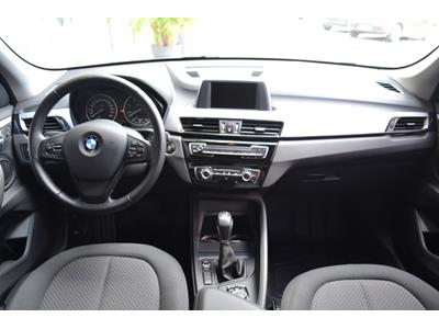 BMW X1 sDrive18dA 150ch Lounge photo #8