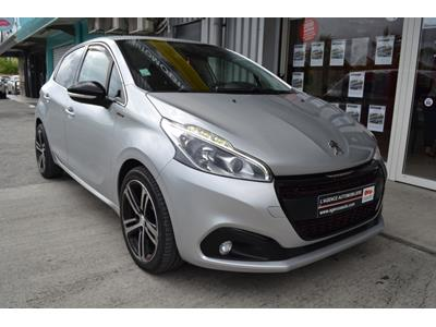 PEUGEOT 208 1.2 PureTech 110ch SetS BVM5 GT Line photo #2