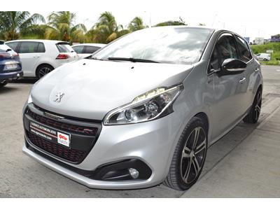 PEUGEOT 208 1.2 PureTech 110ch SetS BVM5 GT Line photo #4