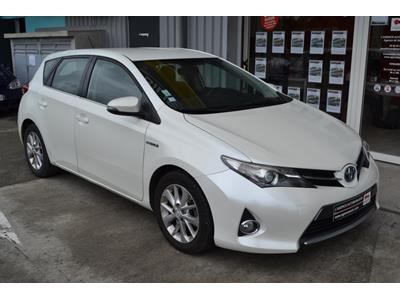 TOYOTA AURIS Auris Hybride 136h Dynamic photo #2