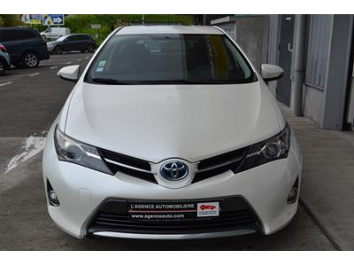 TOYOTA AURIS Auris Hybride 136h Dynamic photo #3