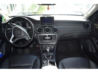 MERCEDES CLASSE A Classe A 160 CDI BlueEFFICIENCY Intuition photo #7