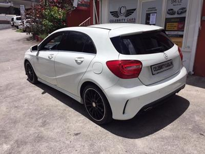 MERCEDES CLASSE A 180 BE Fascination AMG Line photo #6