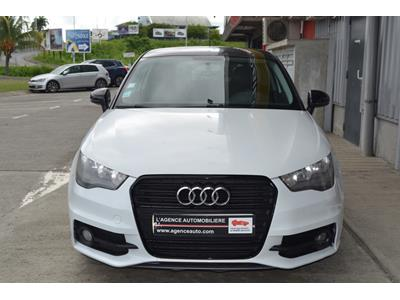 AUDI A1 1.2 TFSI 86 Attraction Pack S-line photo #3