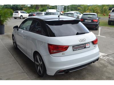 AUDI A1 1.2 TFSI 86 Attraction Pack S-line photo #5