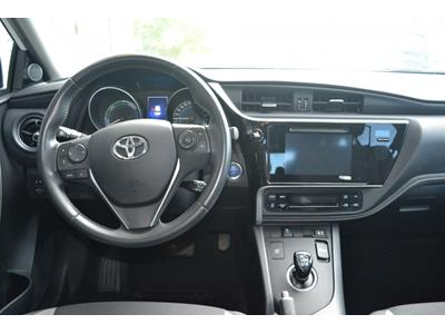 TOYOTA AURIS Auris Hybride 136h Design photo #9