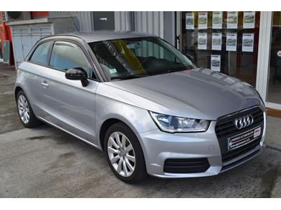AUDI A1 1.0 TFSI ultra 95 S tronic 7 Ambiente photo #2