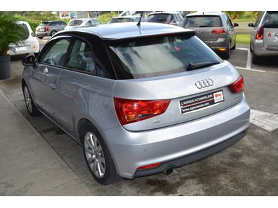 AUDI A1 1.0 TFSI ultra 95 S tronic 7 Ambiente photo #5