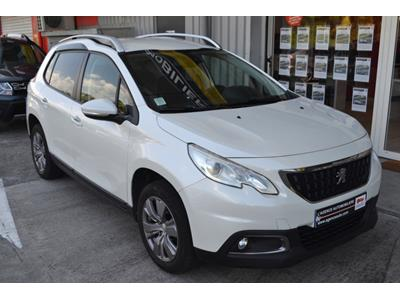 PEUGEOT 2008 1.2 PureTech 110ch SetS EAT6 Allure photo #2
