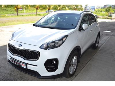 KIA SPORTAGE Sportage 1.7 CRDi 115 ISG 4x2 Premium Business photo #4