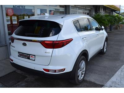 KIA SPORTAGE Sportage 1.7 CRDi 115 ISG 4x2 Premium Business photo #7
