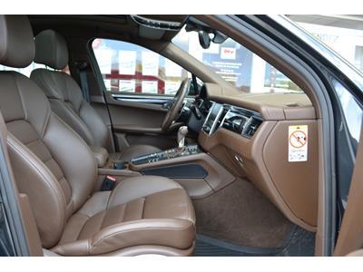 PORSCHE MACAN Macan Diesel 3.0 V6 258ch S PDK photo #9