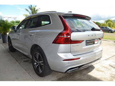 VOLVO XC60 D4 AWD 197 ch Geartronic 8 R-Design photo #5